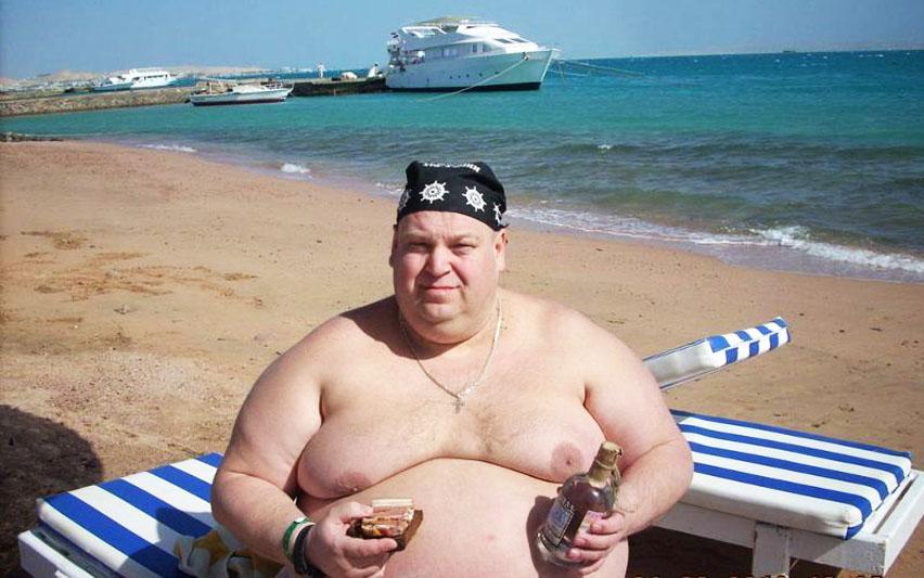 толстый мужик с пивом