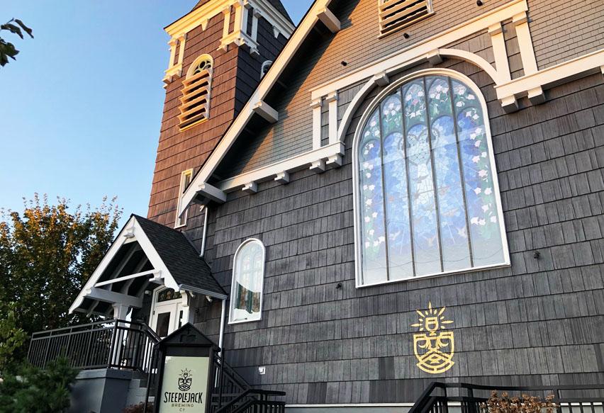 церковь-паб-снаружи